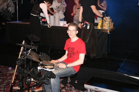 Drums drums druuuuums!